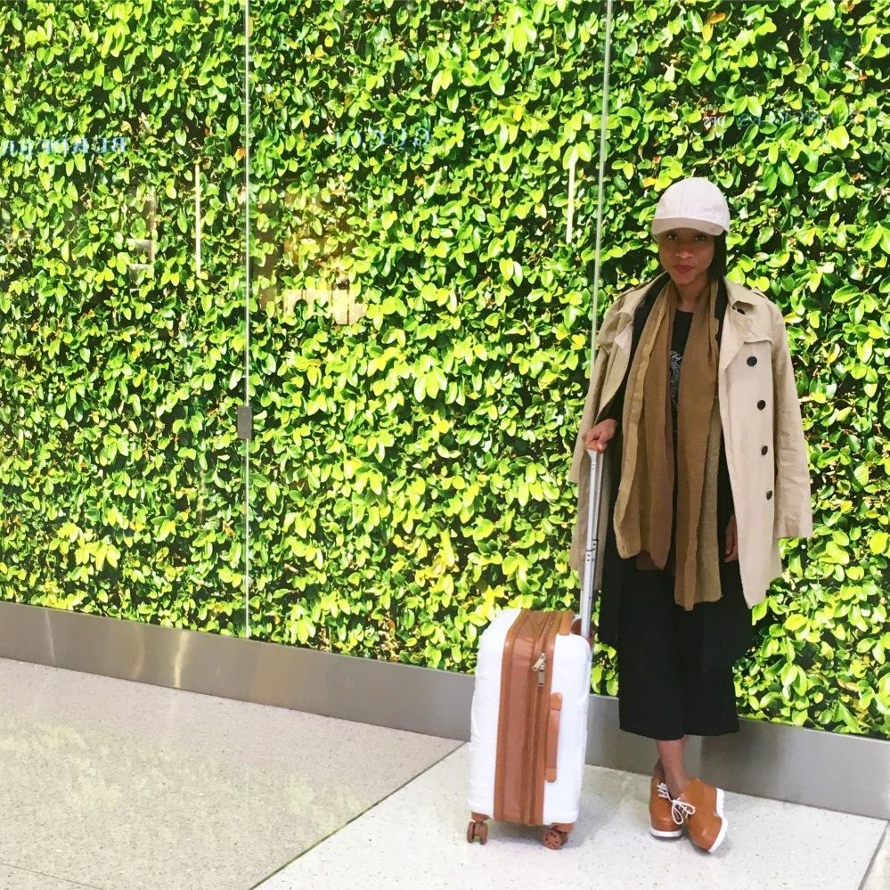 Los Angeles Airport - Flavia Francellino